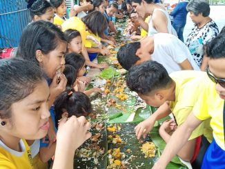picture of boodle fight